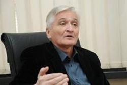 Шпирић: Све док се слави рат умјесто мира, неће бити закона о празницима у БиХ
