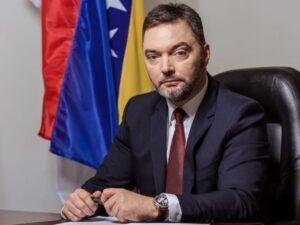 Кошарац: Надати се да грађани неће претрпјети штету због понашања Комшића и Џаферовића