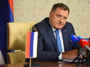 Додик: Важно да побиједи представник Срба у Сребреници