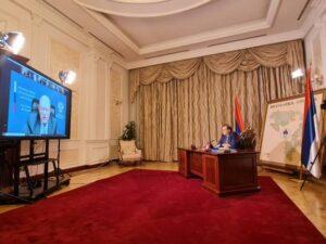 Додик: Република Српска, а и пола ФБиХ жели да Инцко оде