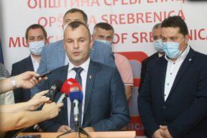 Грујичић: Апел српским и хрватским члановима ЦИК-а да не подлијежу притисцима