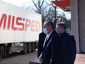 Вишковић и Шеранић дочекали нови контингент руских вакцина