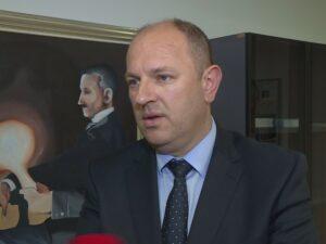Петровић: Вукановићу је најважнија лична промоција, а не народ