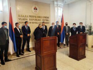 Додик честитао на потписаном уговору за градњу дионице ауто-пута 5Ц