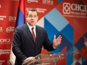 Ковачевић: Станивуковић води кампању умјесто да води Бањалуку