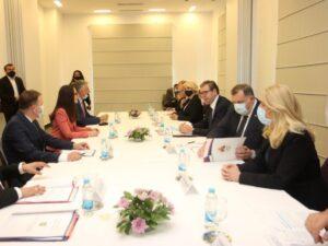 Вучић: Више од 10 милиона евра помоћи за четири општине
